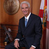 Crist apologizes for mistake on marriage ban